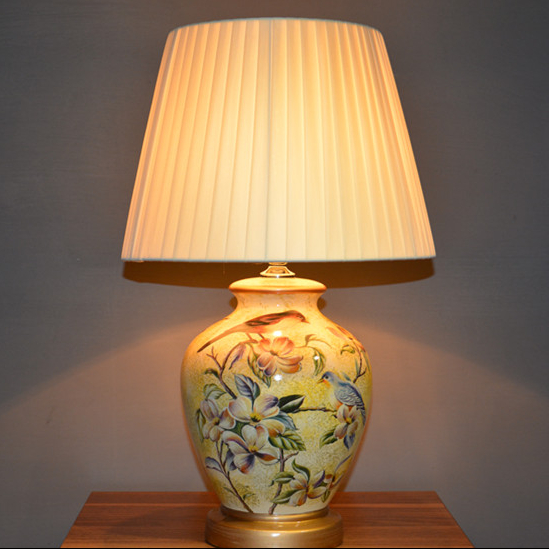 Amazing Ceramic Table Lamp Bedroom Bedside Lamp Colored Drawing Chinese Style  American Remote Control(China (