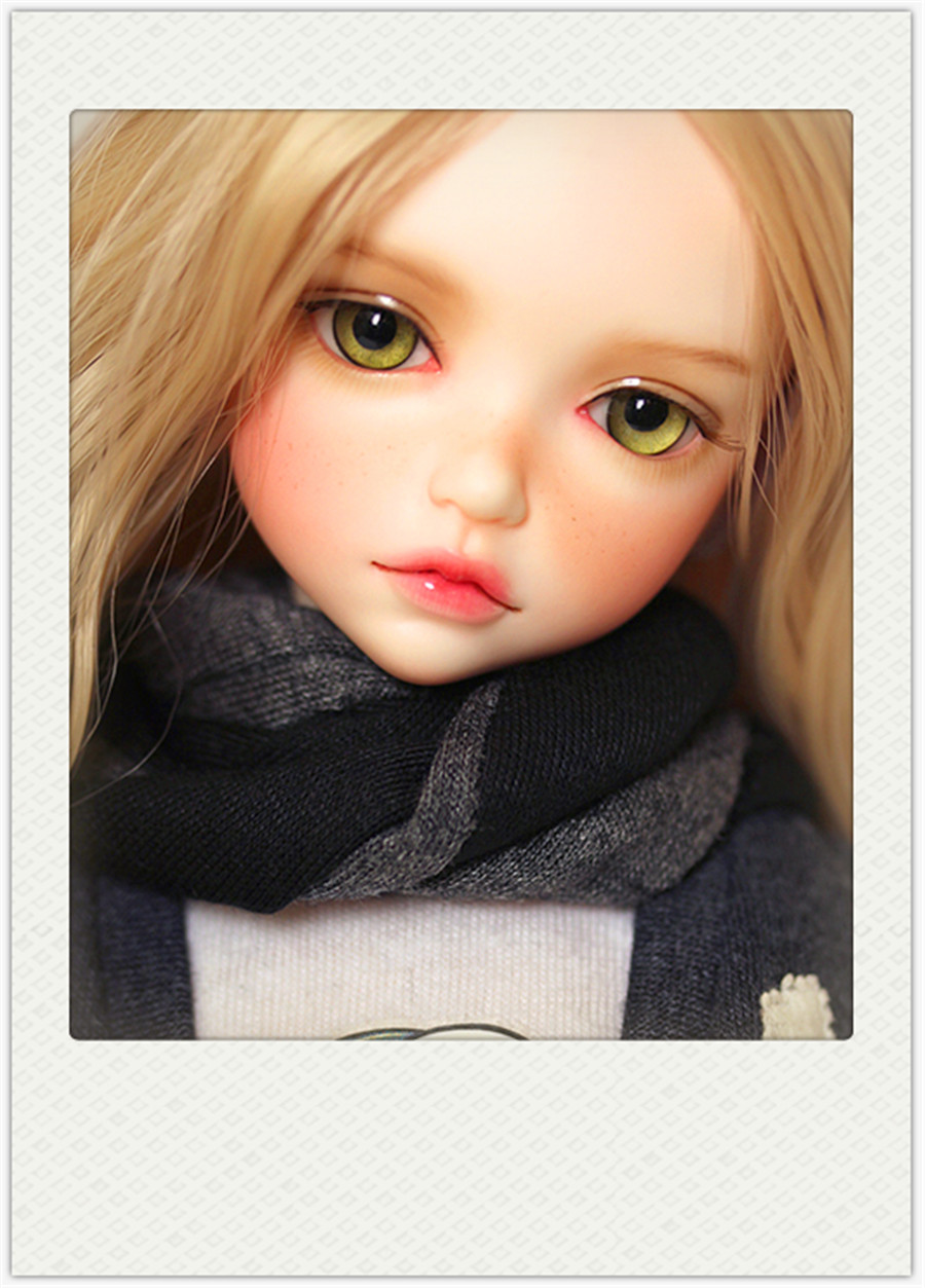 AQK(AQK) 1/6BJD / SD cute resin girl doll Ronnie Fashion Girl Free eyes zaz caen