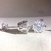 Véritable 18 K Plaqué Sterling Argent Repousser H Couleur 5mm 1ctw Test Positif Round Cut Moissanite Diamant Boucles D'oreilles pour les Femmes