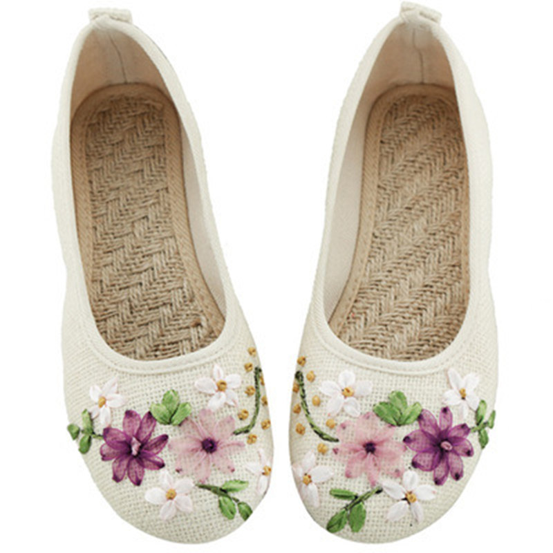 Women Casual Ballet Flats Embroidery Vintage Round Toe Cotton Fabric Slip On Ladies Flat Shoes chaussures femme Loafers Moccasin women ladies flats vintage pu leather loafers pointed toe silver metal design