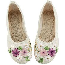 Women Casual Ballet Flats Embroidery Vintage Round Toe Cotton Fabric Slip On Ladies Flat Shoes chaussures femme Loafers Moccasin