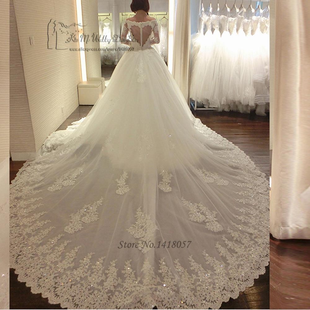 Luxury long train wedding dress vestido de renda casamento for Long sleeve princess wedding dresses