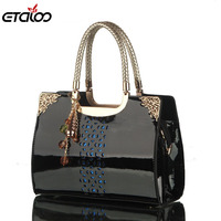 Women Love The New Brand Handbag Patent Leather Openwork Hand Bag Korea Fashion Single Shoulder Bag
