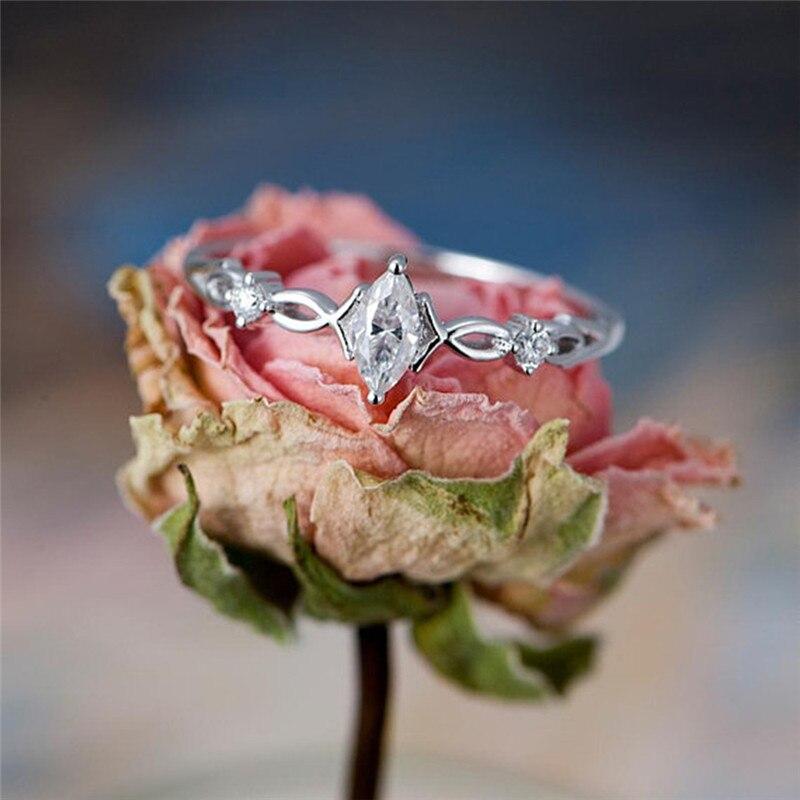 649c34a69e18 ROXI anillos de cristal de circonita CZ de lujo para mujeres de Color plata  boda joyería de compromiso infinito anillo de amor anillos mujer. Moda oro  ...