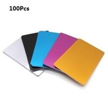 بطاقة معدنية منقوشة بالليزر 100 قطعة من سبائك الألومنيوم سوداء فضية اللون مناسبة لزيارة الأعمال التجارية بطاقات مفرغة بسمك 0.22 مللي متر 3.4 × 2.1 بوصة
