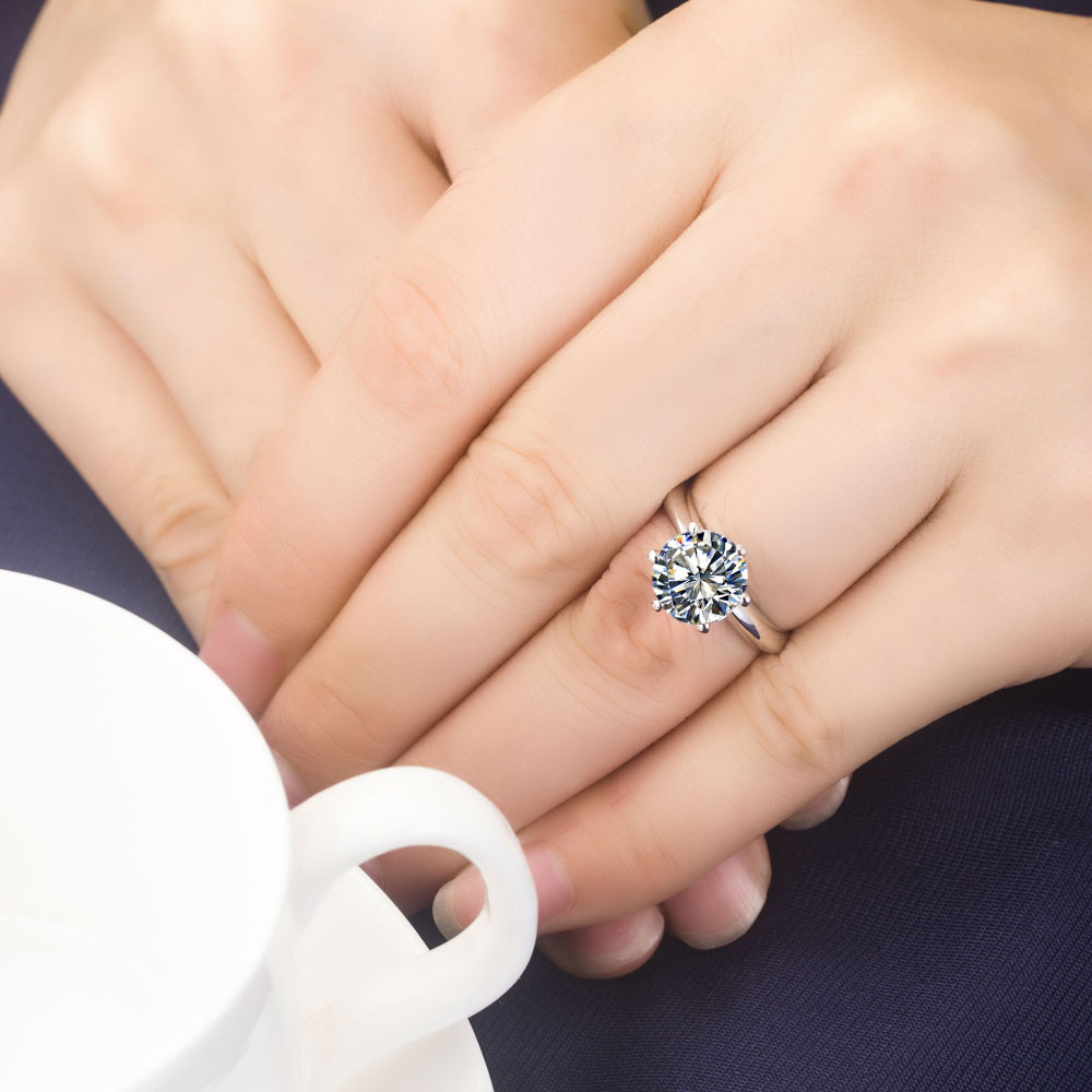 Top Brand Style 06CT Solitaire Certified Moissanites Wedding Ring