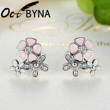 ce874edf4591 OCTBYNA pequeño único Chapado en plata poético Margarita flor de cerezo  marca Stud pendientes para mujeres Rosa flor pequeña pen.