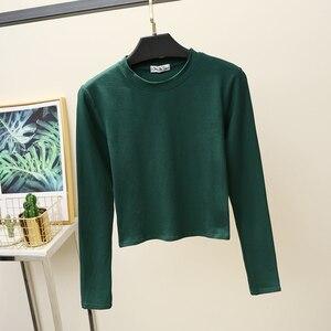 Image 4 - Camiseta básica de manga larga para mujer, Tops cortos, camiseta de estilo coreano para mujer, Camiseta de algodón de partes superiores nuevas 2020