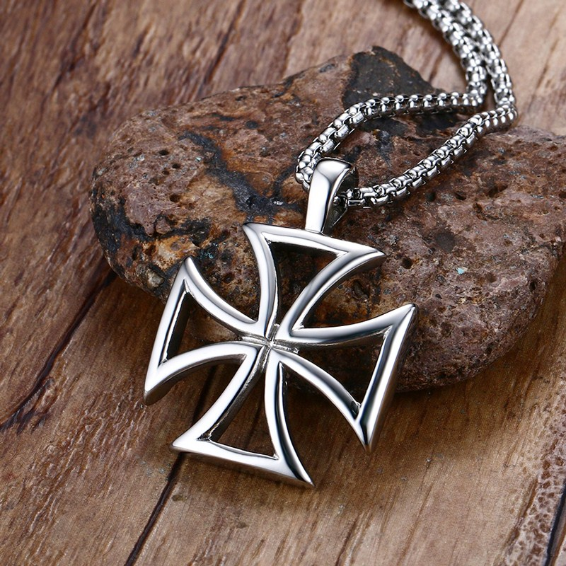 Mprainbow Mens Necklace Stainless Steel Vintage Hollow Maltese Iron Cross Pendant Necklace Knights Templar Cross Fashion Jewelry vintage ivory decorated carving stainless steel pendant necklace