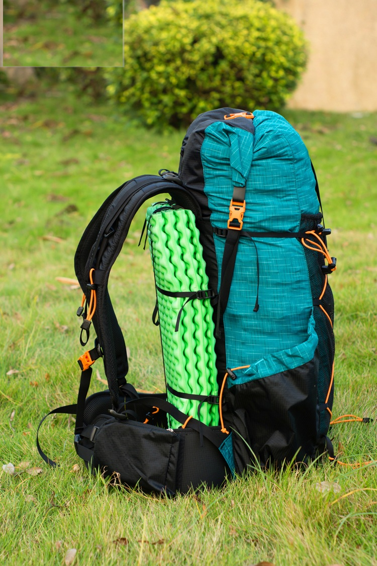 Outdoor Sports Camping Hiking Backpack Ultralight Water-resistant Mountaineering Rucksacks Frameless Packs 40L+16L 900g karihome 900g