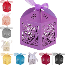 Wholesale 100pcs/lot Hollow Heart Laser Cut Iridescent Paper Candy Boxes Wedding Favour With Ribbon