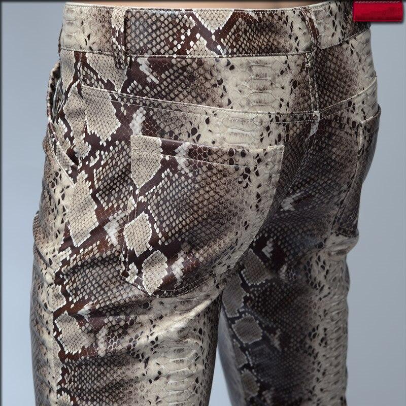 2019 mode hommes Slim Faux Python serpent impression cuir pantalon hommes personnalité PU cuir pantalon Chandal mâle de haute qualité