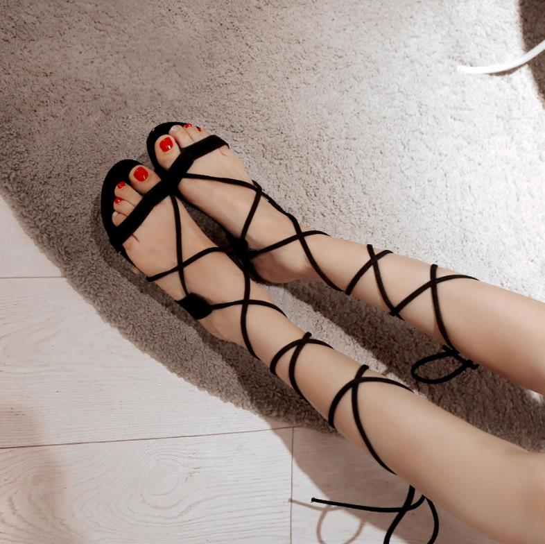 2018 new summer fashion ladies Roman sandals matte flat with exposed feet toe cross straps sandals