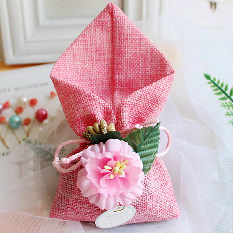 50pcs Gift box Linen bag with flowers boypackaging Wedding Candy gift bags Camellia gift boxes Bonbonniere