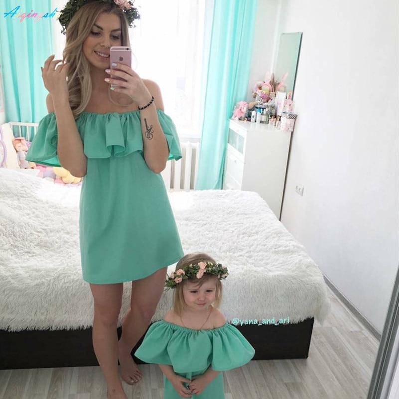 Familie Passenden Outfits Kleidung Mama Mutter und Tochter Kleid ...