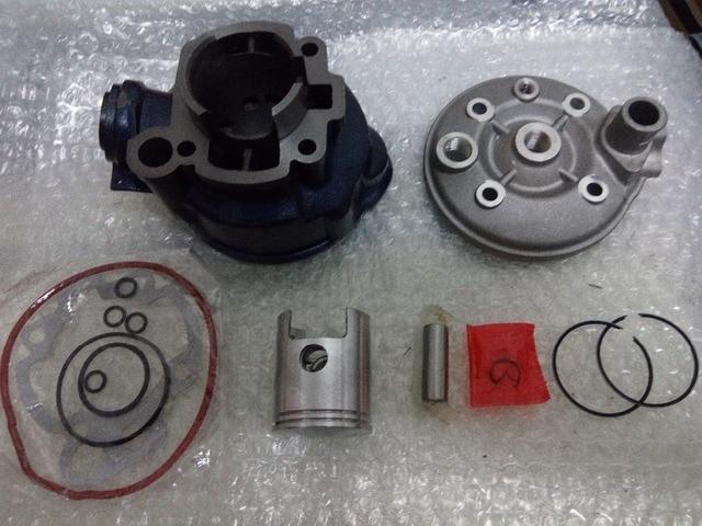 Haut moteur DR racing Parts moto Minarelli 50 AM6 1995 - 2005 Neuf 44mm