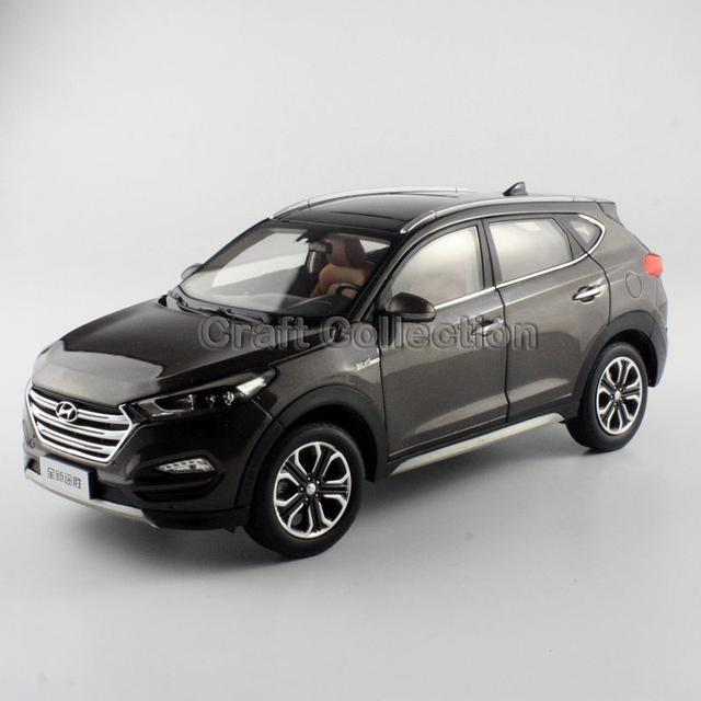 Brown 1:18 Hyundai Tucson 2016 Nuevo IX35 SUV Coches Diecast Modelo de Vehículo de Construcción juguetes Clásicos Artesanía En Miniatura