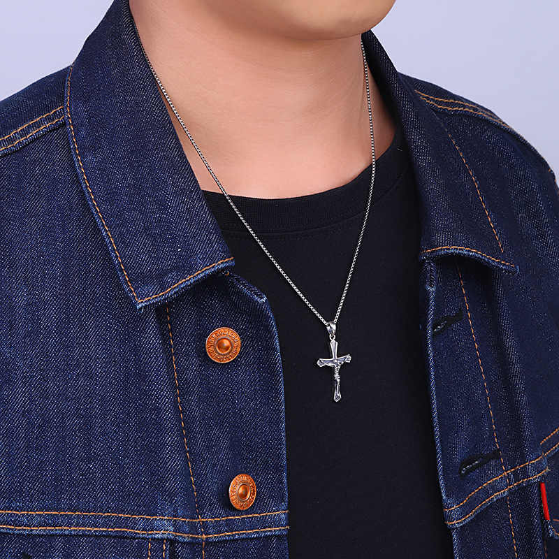 2018 Baru Mode Thai Perak Lintas Liontin Kalung Untuk Pria & Wanita, 100% 925 Perak Kalung & Liontin Halus perhiasan Untuk Grosir