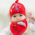 2 unids/lote hat + babero lindo del color del caramelo del bebé boy girl caps letras impresas niños baberos de bebé de algodón suave niño sueño gorras accesorios