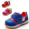 Новая Осень 1 пара Супер качество Дети Спорт Кроссовки МАРКА Мода Дети Мальчик/девочка обувь, дешевые Милые Туфли + внутренние 13.3-15.8 см