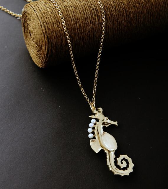 Women's Enamel Sea Horse Necklace 2