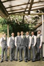 2016 Gray Line Men Beach Wedding Suits Groomsman Tuxedos Best Man Suit 3 Pieces Groom Wear