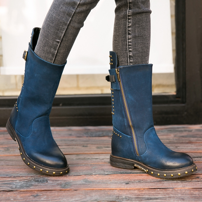 Prova Perfetto 2018 جديد خمر نمط أحذية الأزرق جلدية المسامير قصيرة بوتا سميكة أسفل مارتن الأحذية بارد دراجة نارية Bootie حذاء-في أحذية منتصف ربلة الساق من أحذية على  مجموعة 1