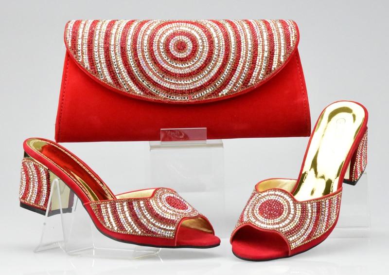 57d7b52771cda Frauen Afrikanische gold Set Mit Rote Hohe Schwarzes rot Hochzeit ...