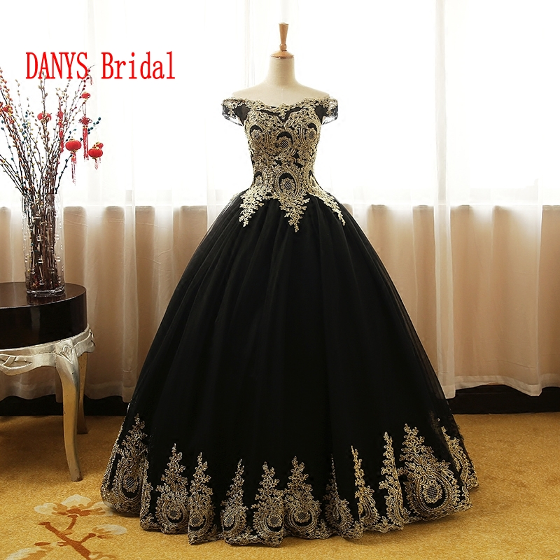 Black Puffy Quinceanera Robes 2017 En Ligne Princesse Robe De Bal pour Prom Sweet Sixteen 16 Robes robes de 15 années