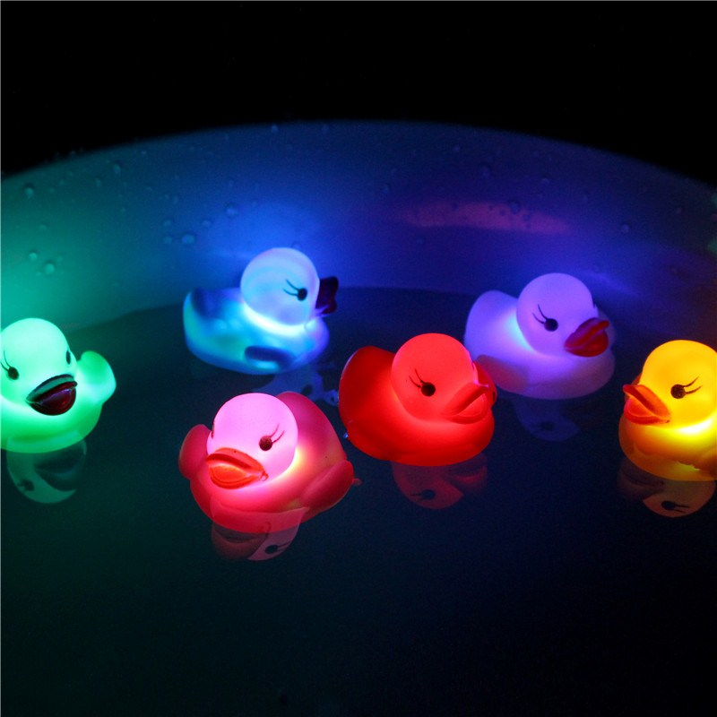 New 1PC Rubber Duck Bath Flashing Light Toy Ducky Duckie Baby Shower Bathroom Toys Multi Color LED Lamp Bath Toys For Children