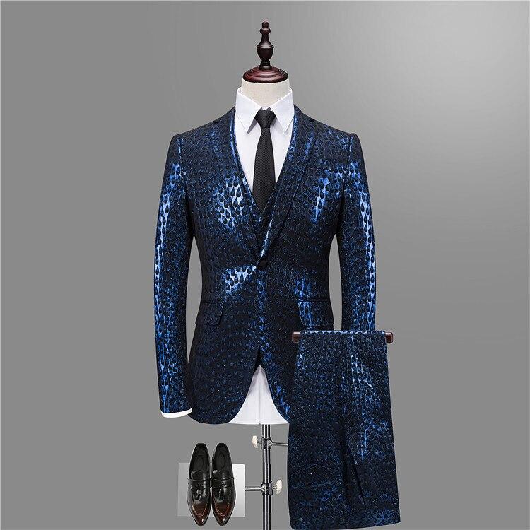 Luxe Baroque Costume Or Bleu Smoking Veste + gilet + pantalon Fumer Homme  Costume Mariage Homme Parti De Mariage Stade Vêtements 3XL dans Costumes de  Mode ... 6db338fd58c