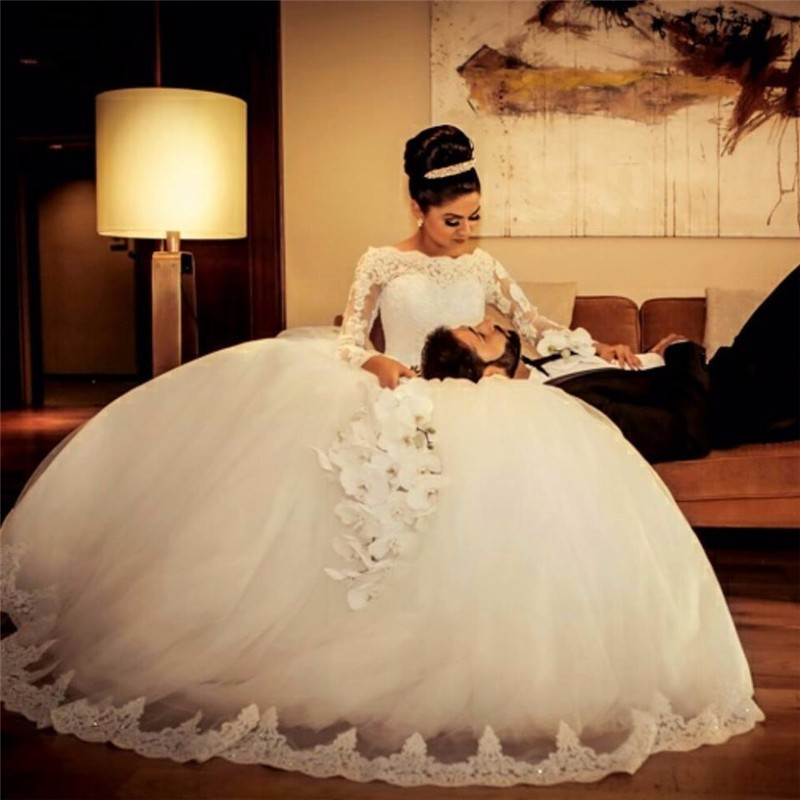 glamorous puffy arab wedding dress new arrival 2016 long sleeve lace bridal ball gown