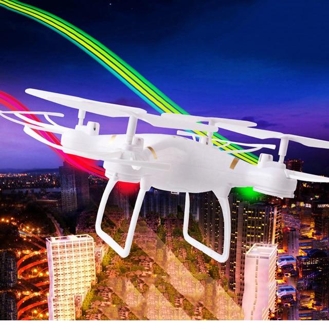 RC uçaklar uzaktan kumandalı oyuncaklar 3.7V 3800 mAh oyuncak çocuk 3D rollover kırmızı, beyaz USB şarj kolay kullanım Drone ultra hızlı
