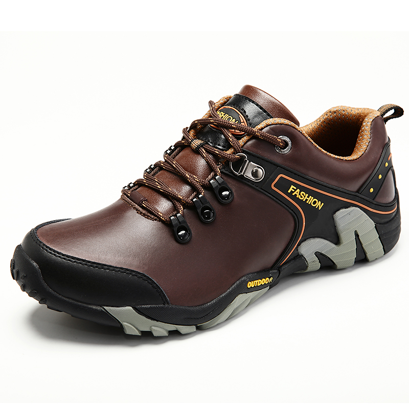 2017 New Arrival Mens Outdoor Climbing Shoes Leather Mountain Sneakers Autumn Winter Comfortable Men Climbing Trekking Shoes