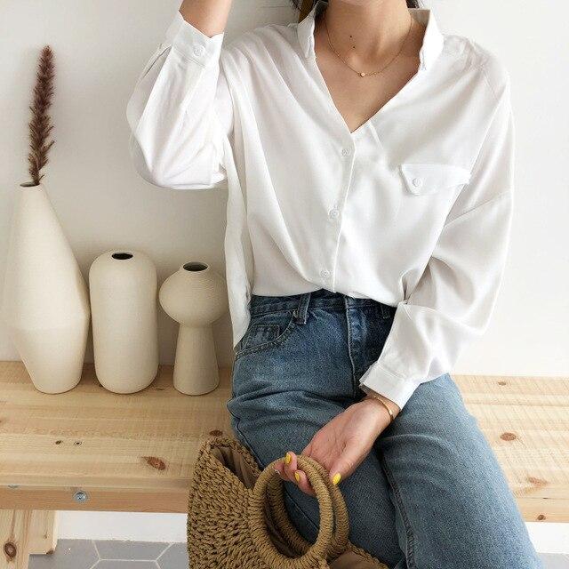 2018 Autumn Batwing Sleeve Women Blouses Full Sleeve Fashion White Loose Casual Shirts Feminine Solid Oversize Tops Plus Size