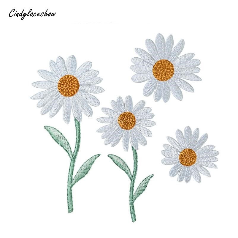 2 YELLOW//WHITE EMBROIDERED DAISY IRON ON APPLIQUES