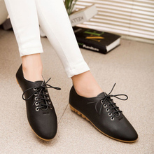 2016 New Oxfords New Fashion High Quality Vintage Women Flat Shoes Women Flats and Women's Spring Summer Autumn Shoes