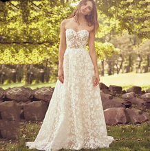 Luxury Full 3D Appliques Sweetheart Backless Boho Wedding dress New Arrival Withe/Ivory Lace And Tulle Bridal Gown