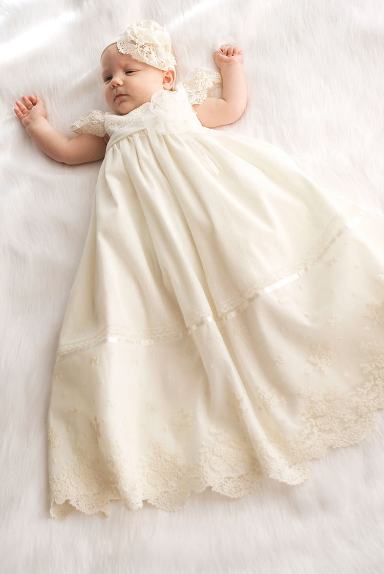 все цены на Long Girls Dresses For Wedding Gowns Lace Baby Girl Clothes Suitable First Communion Dresses for Girls Mother Daughter Dresses онлайн