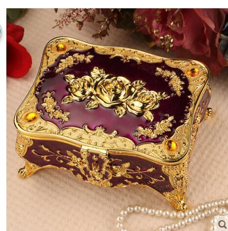 Popular diana hand buy cheap diana hand lots from china for Princess diana jewelry box