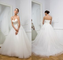 Plain yet Fashion Ruched Sweetheart Bodice Tulle Satin Ball Gown Bridal Wedding Dress 2015 with Crystals Brooch on Waist
