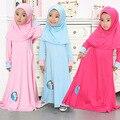 2015 niños de la manga larga musulmán del vestido chilaba maxi algodón dubai túnica árabe tradicional ropa de la historieta niños burka con hijab