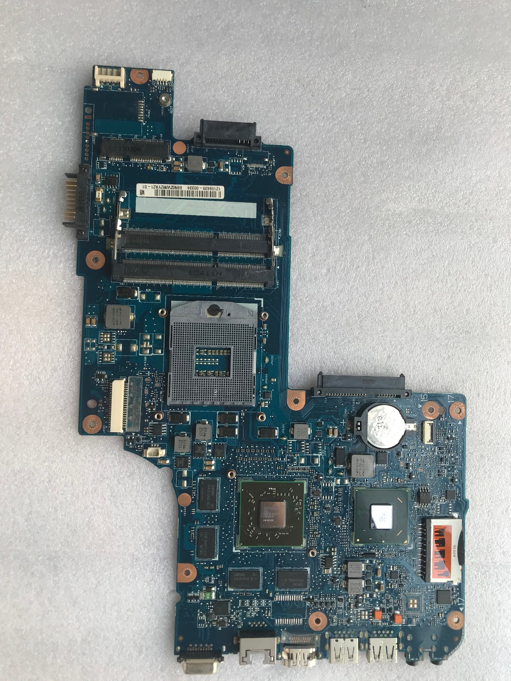 H000052630 For Toshiba satellite L850 C850 Laptop motherboard PAG988 HD7670M 2GB Mainboard test 100% image