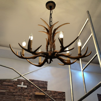 Antlers American village comedor lámpara personalidad creativa retro pastoral dormitorio café antler araña resina ZX111