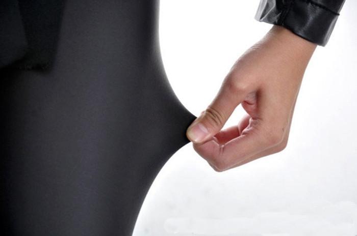Black-women-leggings-faux-leather-high-quality-slim-leggings-plus-size-High-elasticity-sexy-pants-leggins (3)