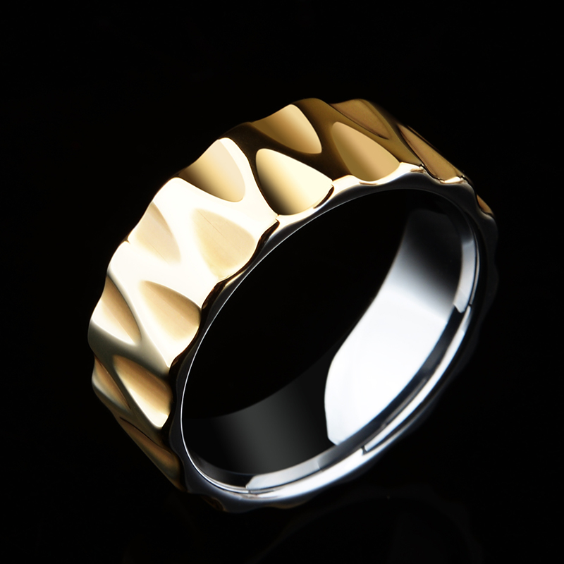 Nouveauté 8mm largeur plaqué or Tungten hommes anneaux pour fête haute polie vague facette coupe mode mariage bande anneau 7-11