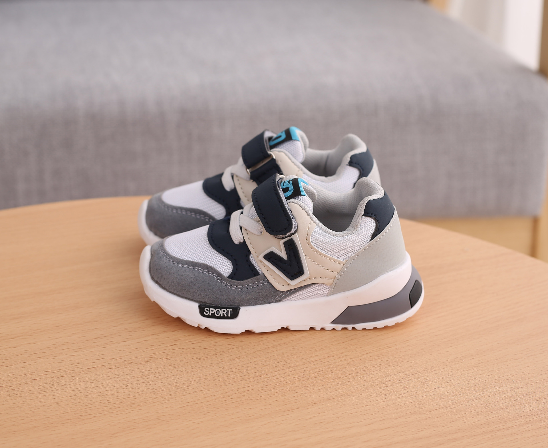 China girls sport shoes Suppliers