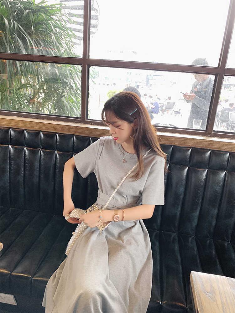 فستان نسائي صيفي غير رسمي من MiShow موضة 2019 بياقة مستديرة وأكمام قصيرة مكشوف الأكتاف بوسط مرتفع موديل MX19B1283