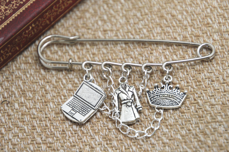 12pcs Sherlock inspired John, Jim and Sherlock themed charm with chain kilt pin brooch (50mm)