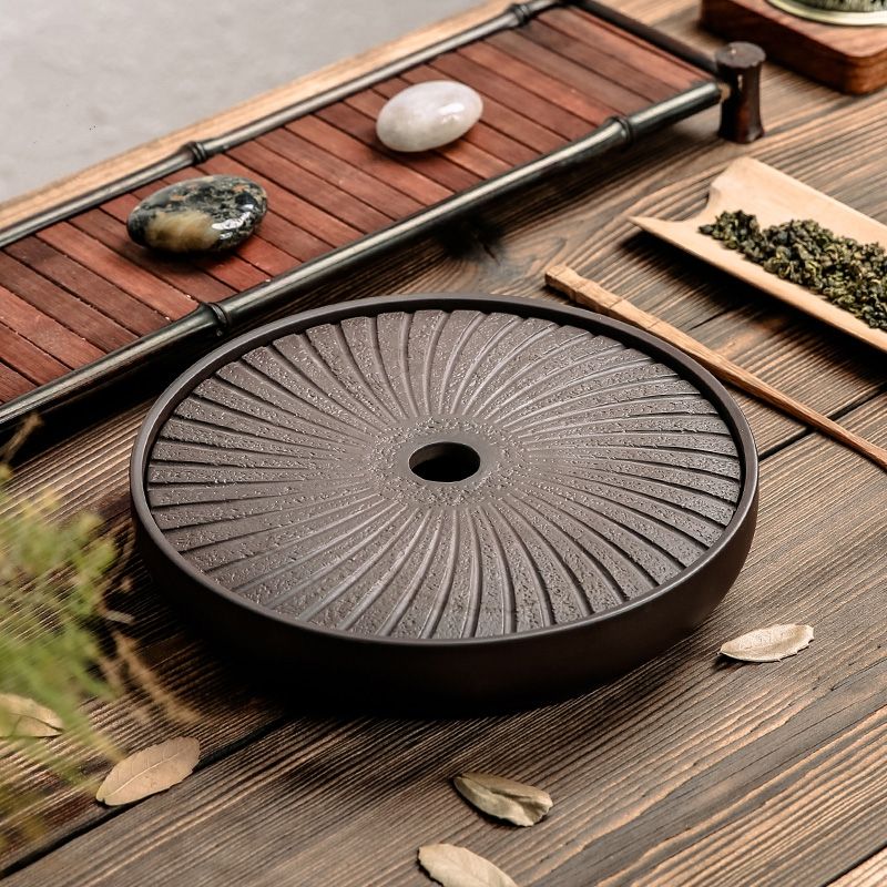 PINNY Yixing մանուշակագույն կավե կլոր թեյի սկուտեղ 20.7 * 20.7 * 4.2 սմ չինական թեյի արարողության սեղան Ձեռքով պատրաստված Kung Fu Tea սկուտեղ Teapot Crafts սկուտեղ